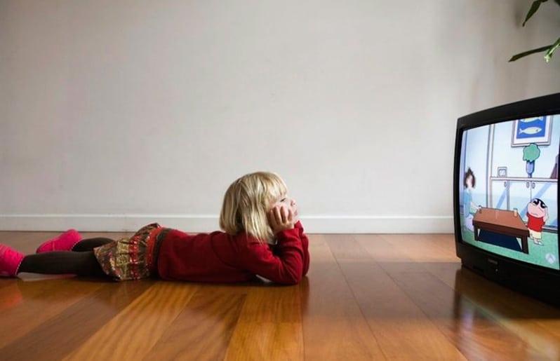 Los efectos sociales y emocionales de la tv en niños